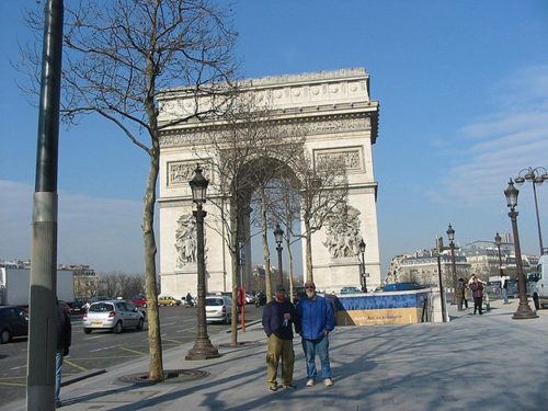 Posing by the Arc de Triomphe.